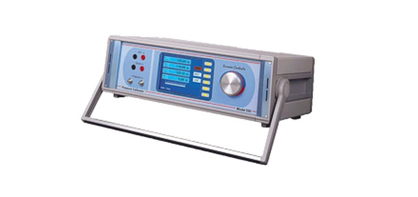Pressure Calibrator / Pressure Controller photo